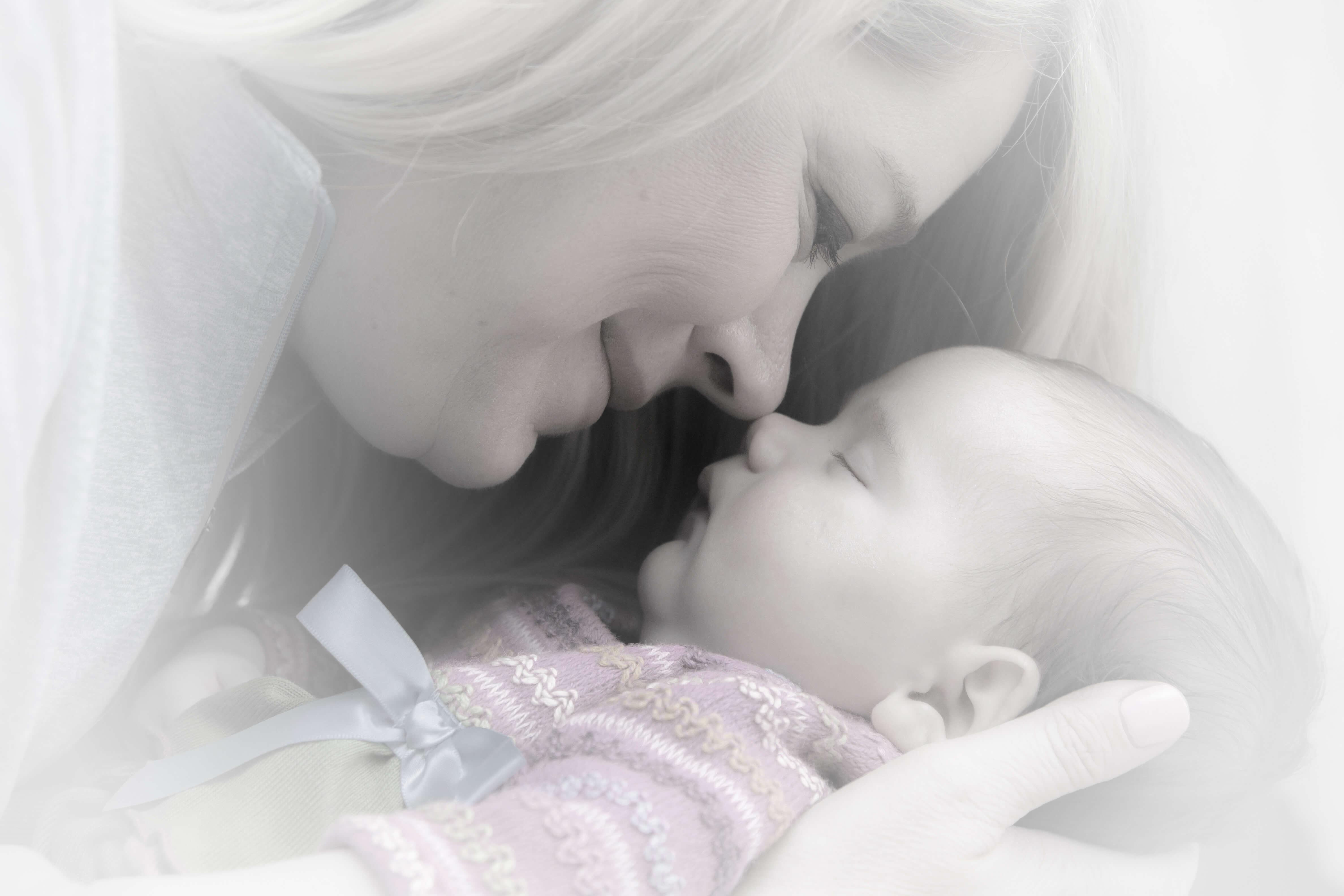 打開燈光與新生兒作息的秘密